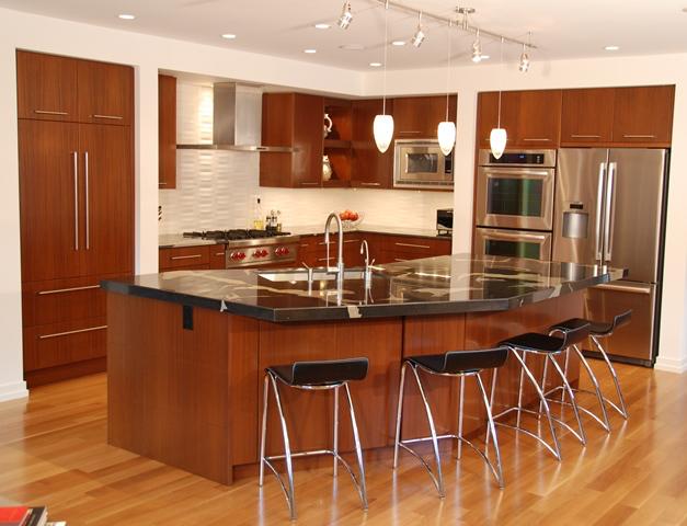 Manhattan Cabinetry in Mahogany